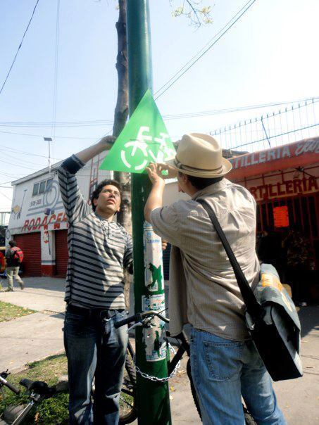 Mexico City residents build their own bicycle infrastructure (Photo via This Big City)